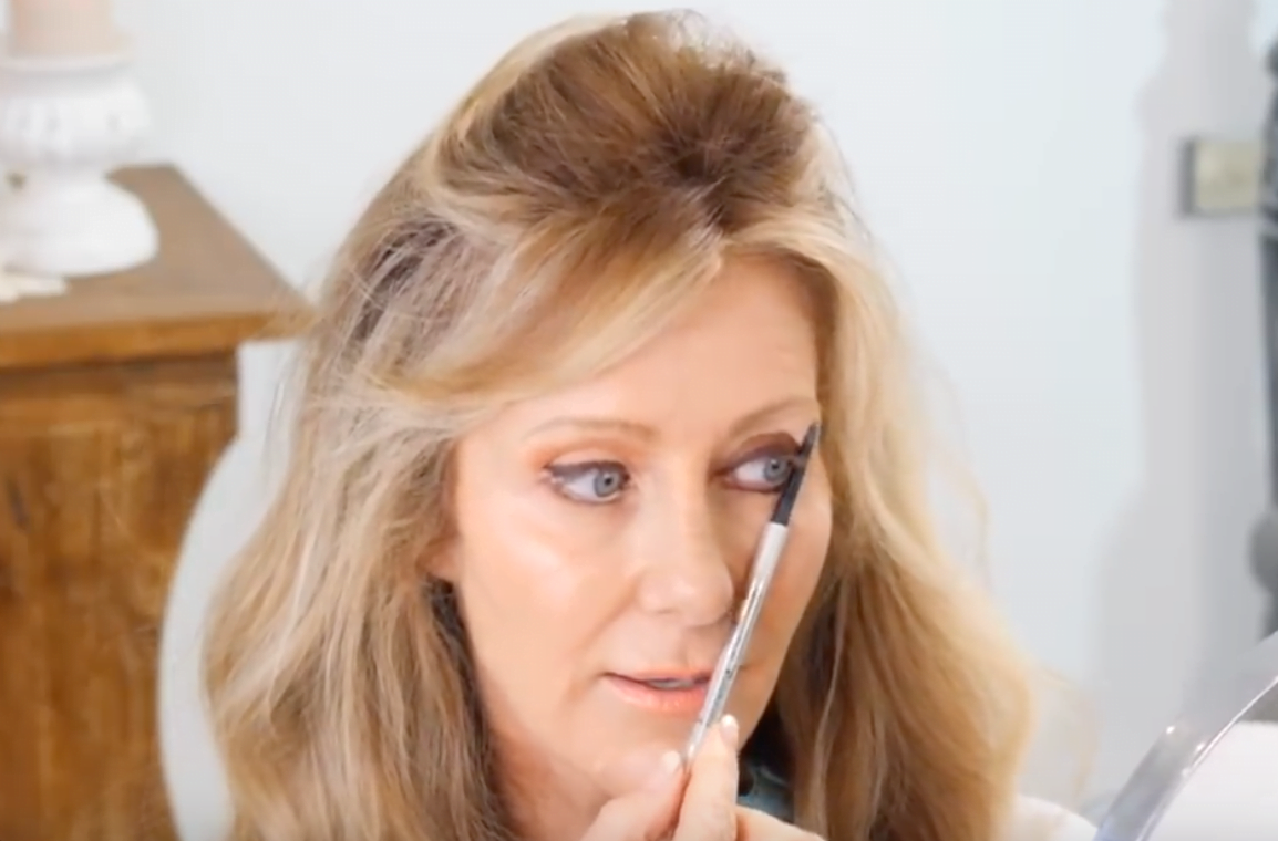5 Biggest Makeup Mistakes On Mature Eyes