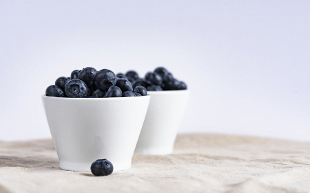 Top 10 Anti-Aging Foods for Women Over 50
