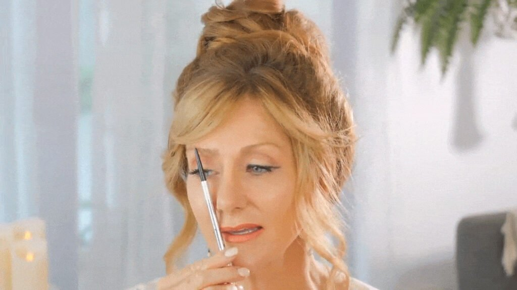 The 5 Biggest Makeup Mistakes on Mature Skin